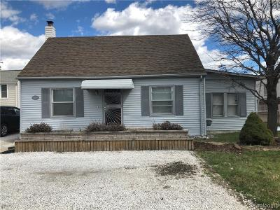 Warren Single Family Home For Sale: 25200 Mound Rd