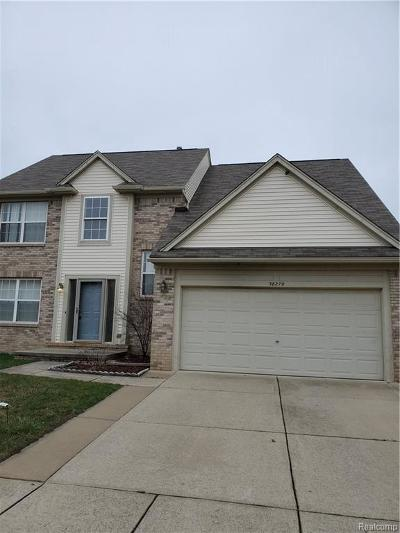 Sterling Heights Condo/Townhouse For Sale: 38279 Brook Dr