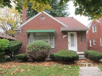 Grosse Pointe Single Family Home For Sale: 19129 Cheshire St