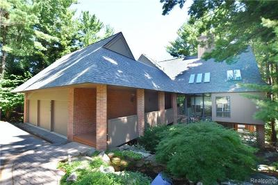 Bloomfield Hills Single Family Home For Sale: 4720 W Wickford
