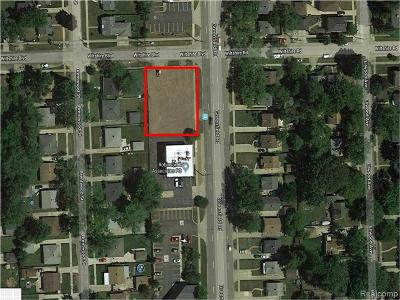 Oakland Residential Lots & Land For Sale: 28165 Greenfield Rd