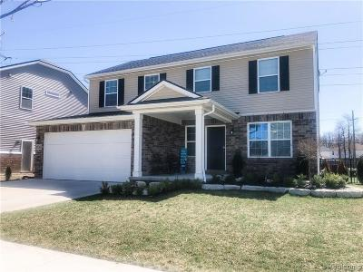 Sterling Heights MI Single Family Home For Sale: $309,900
