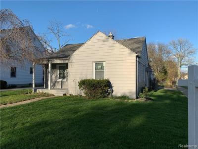 Berkley Single Family Home For Sale: 2312 Cummings Ave