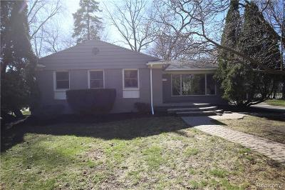 Bloomfield Hills Single Family Home For Sale: 110 S Williamsbury Rd