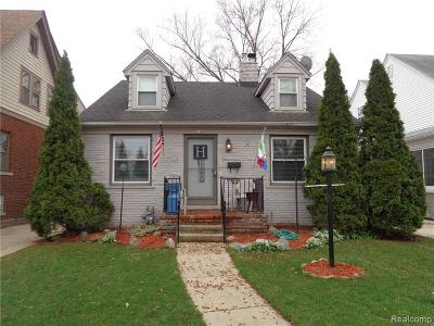 Grosse Pointe Farms Single Family Home For Sale: 455 Calvin Ave