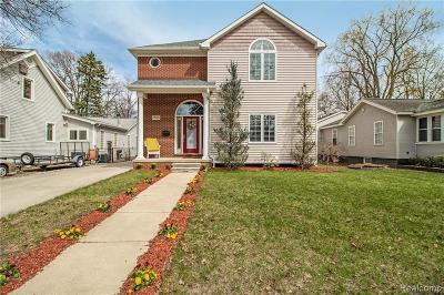 Royal Oak Single Family Home For Sale: 2536 Elizabeth Ave