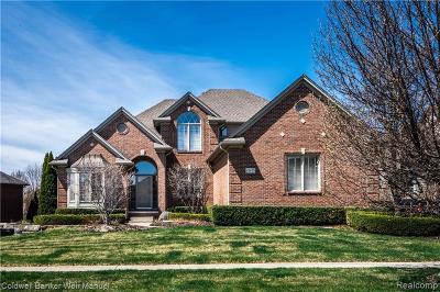 Washington Twp Single Family Home For Sale: 63679 Dover Ct