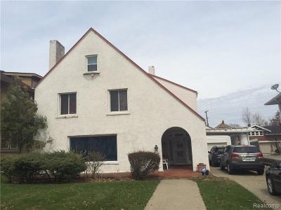 Detroit Single Family Home For Sale: 575 E Boston Boulevard Blvd