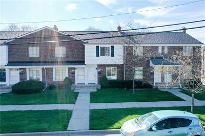 Saint Clair Shores Condo/Townhouse For Sale: 22916 Marter Rd