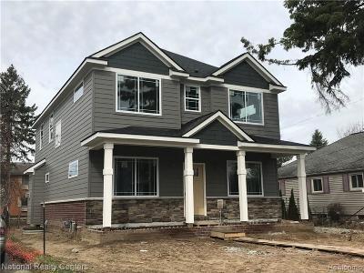 Rochester Single Family Home For Sale: 833 Miller Ave
