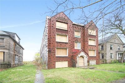 Detroit Multi Family Home For Sale: 1594 Cadillac Blvd