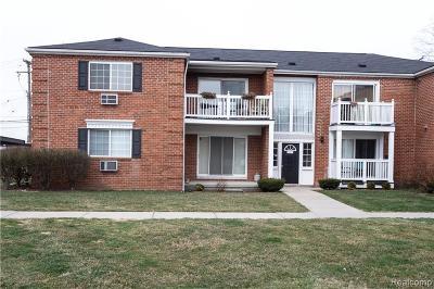 Royal Oak Condo/Townhouse For Sale: 2440 Parmenter Blvd