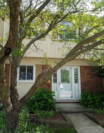 Troy Condo/Townhouse For Sale: 1738 Brentwood Dr