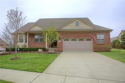Washington Single Family Home For Sale: 60034 Cherry Hill Dr