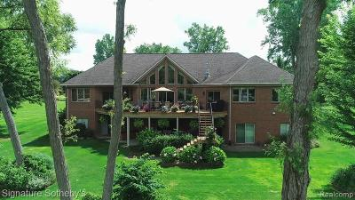 Lapeer Single Family Home For Sale: 3184 Wynns Mill Crt
