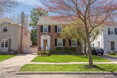 Grosse Pointe Farms Single Family Home For Sale: 183 McKinley