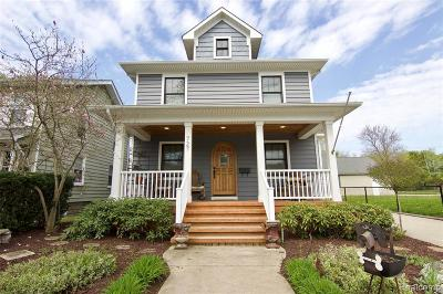 Rochester Single Family Home For Sale: 727 Ludlow Ave