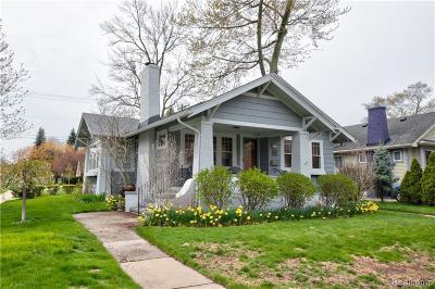 Ferndale Single Family Home For Sale: 415 W Maplehurst St