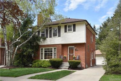 Huntington Woods Single Family Home For Sale: 13114 Nadine Ave