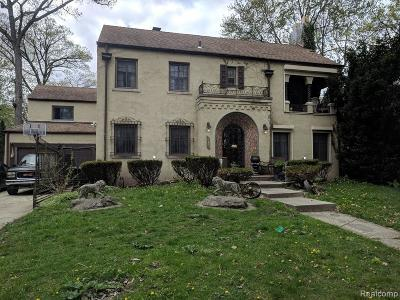 Detroit Single Family Home For Sale: 19605 Canterbury Rd