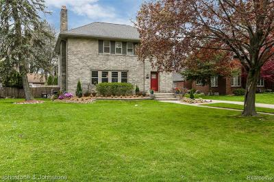 Grosse Pointe Park Single Family Home For Sale: 1359 Berkshire Rd