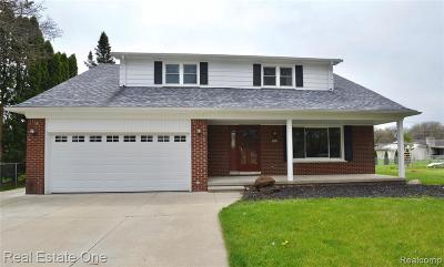 Livonia Single Family Home For Sale: 36291 Margareta St