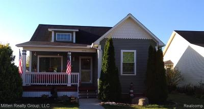Flint Single Family Home For Sale: 4456 Market Pl
