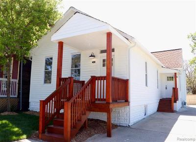 Detroit Single Family Home For Sale: 941 Calumet St