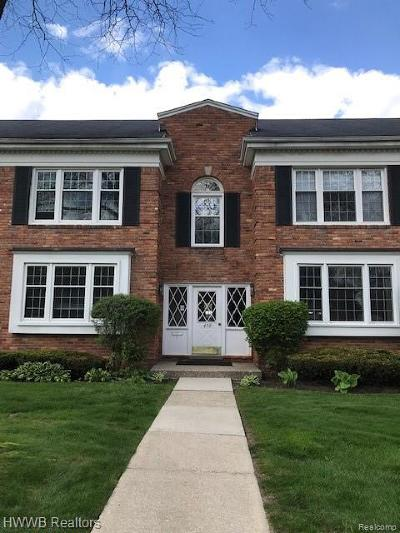 Bloomfield Hills Condo/Townhouse For Sale: 450 Billingsgate Crt