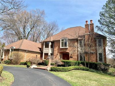 Bloomfield Hills Single Family Home For Sale: 2845 Meadowood Ln