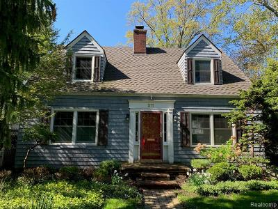 Grosse Pointe Farms Single Family Home For Sale: 211 Lakeview Ave