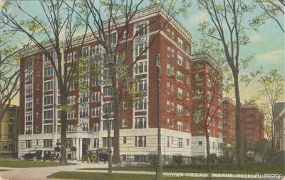 Detroit Condo/Townhouse For Sale: 8120 E Jefferson Ave