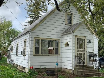Flint Single Family Home For Sale: 1613 N Dexter St