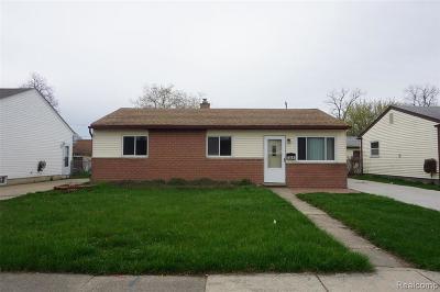 Roseville Single Family Home For Sale: 26644 Groveland St