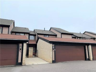 West Bloomfield Condo/Townhouse For Sale: 5152 Rock Run