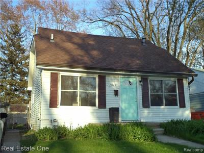 Ferndale Single Family Home For Sale: 2048 Wrenson St
