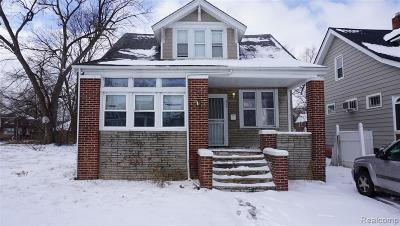 Detroit Single Family Home For Sale: 315 Chalmers St