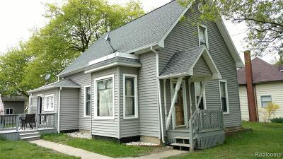 St. Clair Single Family Home For Sale: 107 S Neeper St