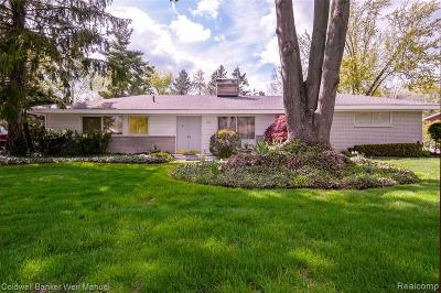 Troy Single Family Home For Sale: 3035 Oakhill Dr