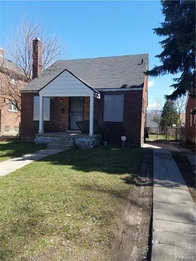 Wayne Single Family Home For Sale: 19326 Hickory St