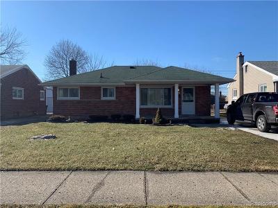 Wayne Single Family Home For Sale: 5100 S Middlebelt Rd