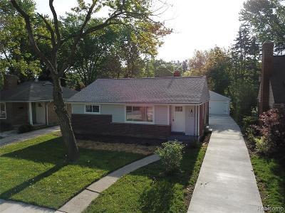 Royal Oak Single Family Home For Sale: 2606 Woodland Ave