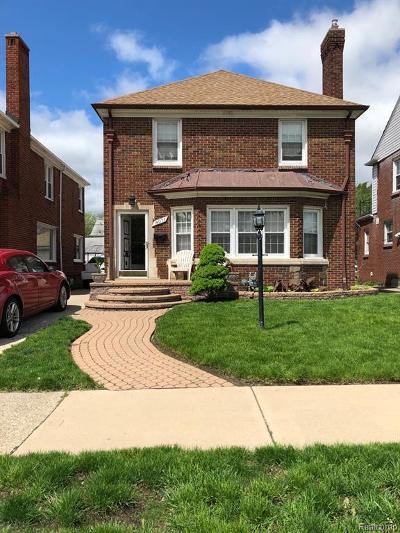 Detroit Single Family Home For Sale: 18071 Washburn St