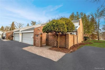 Bloomfield Hills Condo/Townhouse For Sale: 169 E Long Lake Rd