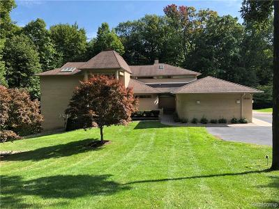 Bloomfield Hills Single Family Home For Sale: 1930 Sherwood Gln