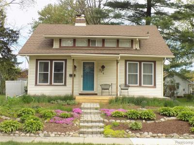 Royal Oak Single Family Home For Sale: 514 Park Ave