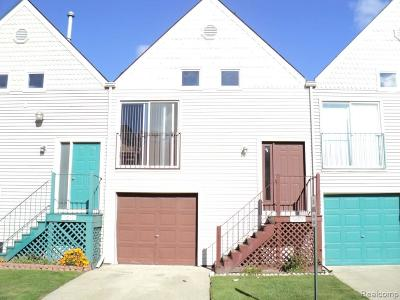 Sterling Heights MI Condo/Townhouse For Sale: $112,500