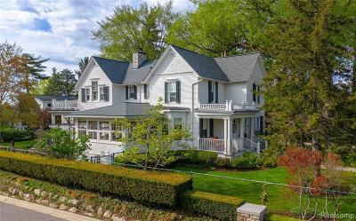 Birmingham Single Family Home For Sale: 560 Southfield Rd