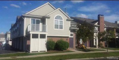 Clinton Township Condo/Townhouse For Sale: 16548 Covington Dr