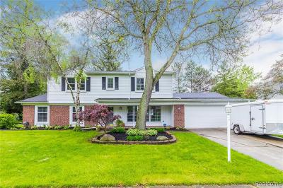 Livonia Single Family Home For Sale: 30835 Rayburn St